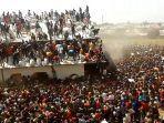 penjarahan-di-nigeria.jpg