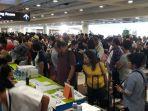 penumpang-di-bandara-internasional-ngurah-rai_1_20171127_111834.jpg