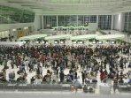 penumpang-pesawat-tujuan-surabaya-tertahan-di-bandara-sepinggan_20150718_194626.jpg