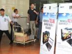 penumpang-pesawat-yang-tiba-di-areal-kedatangan-bandara-soekarno-hatta_20160624_190010.jpg