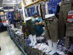 penurunan-omzet-pedagang-pasar-cipulir_20201005_210607.jpg