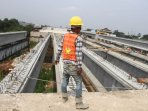 penyelesaian-pembangunan-proyek-jalan-tol-becakayu_20161107_210237.jpg