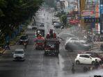 penyemprotan-disinfektan-massal-di-kota-pekanbaru_20200331_153454.jpg