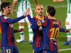 penyerang-barcelona-asal-argentina-lionel-messi-merayakan-gol-keduanya.jpg