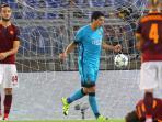 penyerang-barcelona-luis-suarez-cetak-gol_20150917_041025.jpg