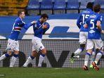 penyerang-italia-sampdoria-antonio-candreva-2ndl-melakukan-selebrasi-setelah-membuka-skor.jpg