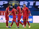 penyerang-portugal-cristiano-ronaldo-kanan-merayakan-gol-pembuka-selecao.jpg