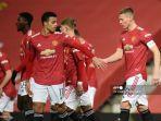 perayaan-gol-scott-mctominay-dengan-pemain-manchester-united.jpg