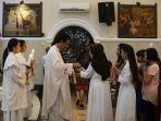 perayaan-kenaikan-isa-almasih-di-gereja-katedral-medan_20180512_145139.jpg