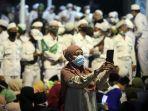 perayaan-maulid-nabi-muhammad-saw-dan-pernikahan-anak-habib-rizi_20201115_230055.jpg