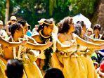 perayaan-may-day-di-hawaii.jpg