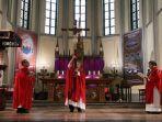 perayaan-misa-online-jumat-agung-di-gereja-katedral-jakarta.jpg