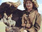 perempuan-suku-kazakh.jpg