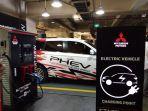 peresmian-fasilitas-pengisian-daya-cepat-atau-quick-charger-untuk-kendaraan-listrik-di-plaza-senayan.jpg