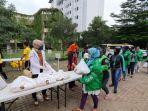 Peringati Hari Kartini, Bamsoet Serahkan Ratusan Bantuan Sembako di Jakarta Utara