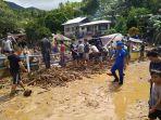 peristiwa-bencana-alam-banjir-bandang-dan-tanah-longsor-terjadi-di-kampung-lebo-k.jpg