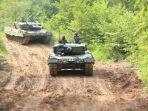 perkuat-pertahanan-tank-leopard-yonkav-8-lancarkan-tembakan_20201114_142026.jpg
