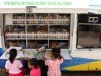 perpustakaan-keliling-bagi-warga-rusun_20160427_223017.jpg
