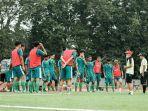 Persebaya Surabaya Belum Diizinkan Gunakan StadionGelora10November untuk Berlatih