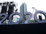 persiapan-panggung-tahun-baru-2020-di-bundaran-hi_20191229_160154.jpg