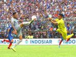 Para Pemain yang Dibidik Persebaya: Mulai Kiper Arema Hingga Pemain Buangan Madura United