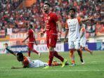 persija-kalahkan-borneo-fc-dalam-semifinal-leg1-piala-indonesia_20190630_202020.jpg