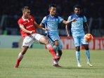 persija-vs-persela-lamongan-laga-indonesia-soccer-championship_20160515_203928.jpg
