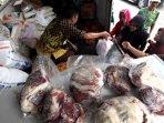 perum-bulog-divre-jabar-gelar-operasi-pasar-jelang-ramadan_20160606_103242.jpg