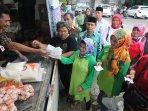 perum-bulog-divre-jabar-gelar-operasi-pasar-jelang-ramadan_20160606_103416.jpg