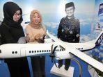 pesawat-r80-di-islamic-festival-book-fair-jabar_20171129_110909.jpg