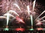 pesta-kembang-api-tahun-2020-di-kota-ube.jpg