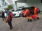 petugas-sudin-penanggulangan-kebakaran-dan-penyelamatan-jakarta-barat_20180513_143032.jpg