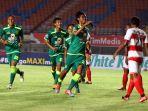 PSS Sleman vs Persebaya Surabaya, Aji Santoso Buka Opsi untuk Rotasi Pemain