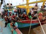 polairud-gagalkan-ilegal-fishing-di-perairan-palembang_20160214_170756.jpg