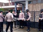 Pria 44 Tahun Terduga Teroris Ditangkap di Tulungagung, 2 Pistol dan Senjata Tajam Disita
