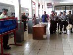polisi-berjaga-di-stasiun-kiaracondong_1_20170105_104949.jpg
