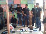 polisi-menggerebek-kampung-ambon-dan-mengamankan_20180124_140449.jpg