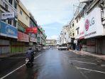 ppkm-darurat-pertokoan-kawasan-pasar-tengah-lampung-tutup_20210713_014105.jpg