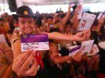 presiden-bagikan-kartu-indonesia-pintar_20190306_205455.jpg