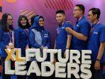 presiden-direktur-xl-axiata-dian-siswarini-bersama-dengan-siswa-siswi.jpg