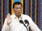 presiden-filipina-rodrigo-duterte-memberi-isyarat.jpg