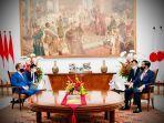 presiden-joko-widodo-berbincang-dengan-perdana-menteri-pm-jepang-yoshihide-suga-12.jpg