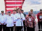 presiden-joko-widodo-berikan-keterangan-pers-usai-meresmikan-jembatan-youtefa.jpg