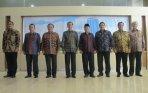 presiden-joko-widodo-foto-bersama-pimpinan-bpk_20141217_143205.jpg