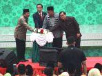 presiden-joko-widodo-kuliah-umum-di-unisma_20180330_183032.jpg