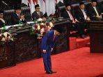presiden-joko-widodo-memberi-hormat-sebelum-menyampaikan-pidato.jpg