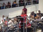 presiden-joko-widodo-saat-berpidato-di-stadion-manahan.jpg