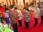 presiden-jokowi-adakan-silaturahmi-idul-fitri-1436-h_20150722_195415.jpg