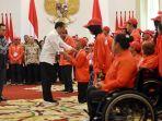 presiden-jokowi-berikan-bonus-atlet-asian-para-games-2018_20181013_174117.jpg