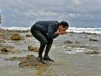 presiden-jokowi-cuci-muka-dengan-air-laut-pulau-miangas_20161020_083917.jpg